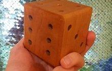 Деревянный кубик-головоломка