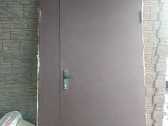 двери металлические, 223 на 119 см,  толщина металла 15 мм, возможность открытия на всю ширину проема, 2500 руб, забирать район Стрелецкое, в Белгороде