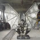 Скульптура из металлаГоргулья с крыльями