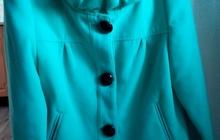 Женское короткое пальто, кашемир, цвет яркий бирюзовый