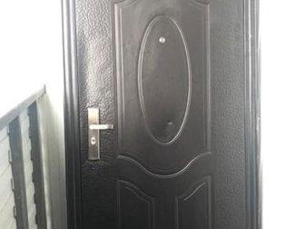 Продам б/у дверь в отличном состояние , пользовались 1 год, с замком 5 ключей , в Бийске