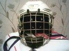 Увидеть foto Спортивный инвентарь шлем хоккейный Warrior с решеткой ,белый 32286049 в Екатеринбурге
