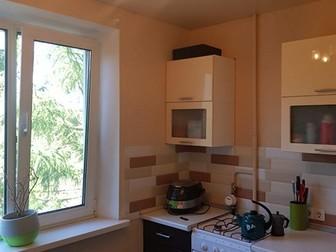 Продам 1 комнатную квартиру,  Очень удобный район не далеко от центра города, рядом школы и детские сады, магазины,  Современная детская площадка во дворе, чистый в Хабаровске