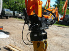 UMG E195АRH экскаватор на автомобильном ходу камаз-43118