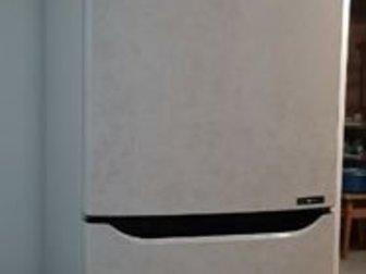 холодильник двухкамерный LG M409SERL бежевый цвет двери с рисунком типа мрамор,NO FROST,зона свежести для фруктов и овощей, быстрая заморозка,яркий дисплей на в Ижевске