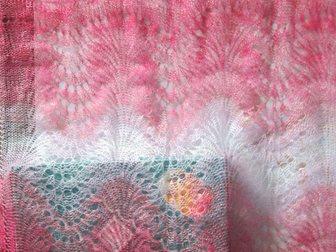 Просмотреть foto  Оренбургский пуховый шарф (палантин) «Самоцвет», фабричный 33811346 в Краснодаре