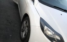 Ford Focus 1.6МТ, 2012, 124000км