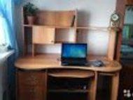 Стол компьютерный (письменный) с полками для книг Стол компьютерный (письменный)
