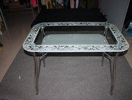 Магнитогорск: Обеденный стеклянный круглый стол, D-900 мм Обеденный стеклянный круглый стол. D-900 мм.   Три вида пескоструйного рисунка или просто окантовка.   С п