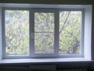 Продам квартиру Продам 1-комнатную малосемейку без балкона. Окна пластиковые. Ре