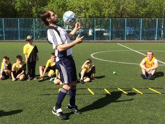 Скачать фото Спортивные школы и секции Обучение Детей Техники Футбола с Футбольными Тренажерами 66453330 в Москве