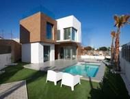 Недвижимость в Испании, Новые виллы рядом с гольф полем от застройщика в Вильяма