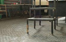 Резиновое промышленное покрытие для пола цеха или склада металлоконструкций