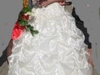 Увидеть изображение Другие предметы интерьера Супер свадебное платье в отл, состоянии, 32402691 в Москве