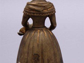 Новое фото  Колокольчик для прислуги Дама, Европа, 19 век 32470046 в Москве