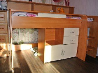 Увидеть фото Мебель для детей Детская кровать БУ 32532194 в Москве