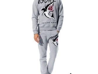 Скачать foto Спортивная одежда Мужской спортивный костюм Philipp Plein Shark 33110881 в Москве