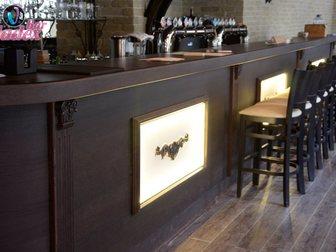 Просмотреть foto Производство мебели на заказ Стойка барная из массива и шпона дуба 33316835 в Москве