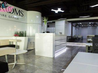 Смотреть фото Офисная мебель Стойка администратора из нержавеющей стали и итальянского пластика 33316865 в Москве