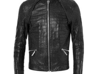 Скачать бесплатно foto Мужская одежда Кожаная куртка Philipp Plein 33334859 в Москве