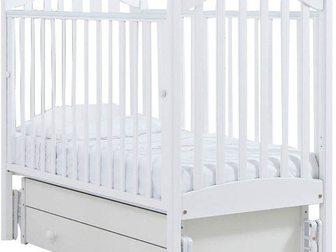 Просмотреть фото Детская мебель Продаю новую детскую кроватку-качалку Софи (гандылян, универсальный маятник) цвет белый 34074589 в Москве