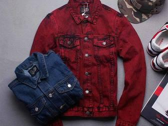 Скачать фотографию Мужская одежда Куплю бордовую/красную/цвет красное вино джинсовку 35136696 в Москве