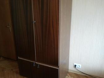 Просмотреть фотографию  Шкаф платяной 90х60х210 35791680 в Москве
