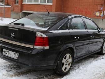 Хэтчбек Opel в Москве фото