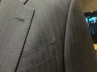 Новое фото  Продаю совершенно новый мужской классический костюм ARMANI р, 50-52 Маркировка р, 54 40520298 в Москве