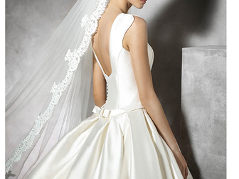 Смотреть фото Свадебные платья Pronovias Pravina в идеальном состоянии 48240087 в Москве