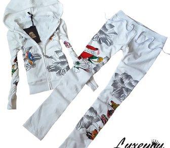 Изображение в Одежда и обувь, аксессуары Женская одежда Стильный бархатный костюм с капюшоном от в Москве 5300