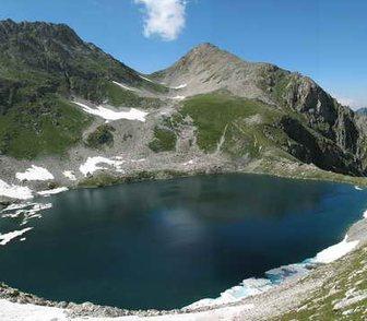 Фотография в   Озера находятся в Тебердинском заповеднике, в Армавире 5900
