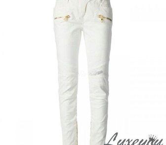 Фотография в Одежда и обувь, аксессуары Женская одежда Потрясающие белые женские джинсы от известного в Москве 6300