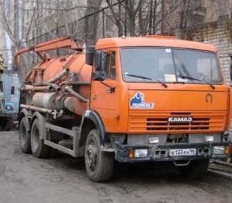 Фото в Авто Спецтехника От: 1200 за час  Объём цистерны 4. 0 м³ в Москве 1200
