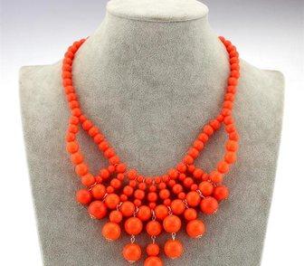 Фото в Одежда и обувь, аксессуары Ювелирные изделия и украшения Продам яркое оранжевое ожерелье. в Москве 290