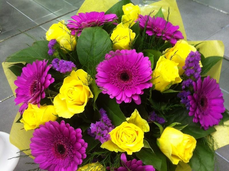 Цветы в спб с бесплатной доставкой где можно купить недорогие цветы в санкт-п