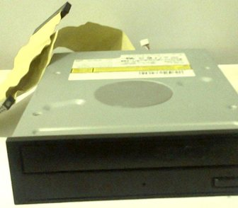 ���� � ���������� ������������� ��� �����������, ��������� ������ DVD R/RW CD-R/RW DRIVE, IDE ������ � ��������� 250