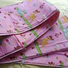 Бортики в кроватку для маленьких принцесс