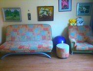 """Продам диван + кресло + пуфик Продам диван раздвижной """"книжка"""" с вместительным я"""