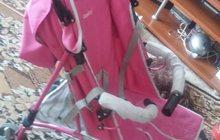 Продам отличную коляску- трость