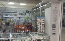 Магазин электротоваров на крупном рынке