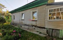 В продаже отдельно стоящий дом в хорошем состоянии. Земельны