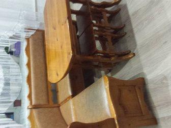 Увидеть фотографию  Кухонный уголок: угловой диван, стол и табуретки 34804441 в Новосибирске