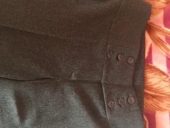 Уникальное фото Мужская одежда Брюки новые женские классика 44 размер 67818000 в Новосибирске