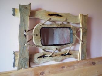 Свежее фото  Деревянные рамки ручной работы для зеркал и картин на заказ 68339664 в Новосибирске