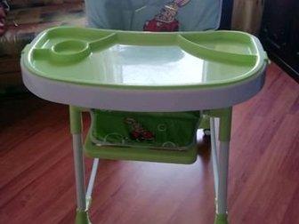 Стульчик для кормления, Регулируется спинка (4 положения), само сиденье по высоте,  Столик съёмный,  Верхняя поверхность столика тоже снимается,  Ремни безопасности в Новосибирске
