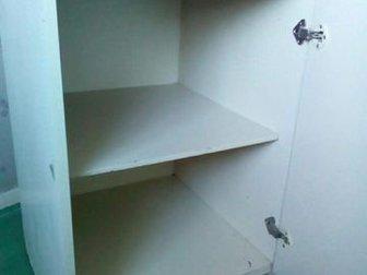 Продам кухонную тумбу с ящиком и полка внутри,  Размер 45*50*85см,  И верхний шкафчик внутри полка, размер 45*32*60см,  Всё б/у, но целое, только помыть,  Подойдёт в Новосибирске