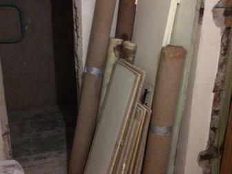 Отдам линолеум, двери, доски,  На дачу или в гараж пригодятся,  Бесплатно, Срочно! в Новосибирске