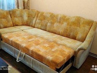 Угловой диван с местом для хранением и выдвижным ящиком для белья, кресло,  Пледы на диван и кресло в подарок, в Новосибирске