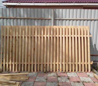 Фото в Строительство и ремонт Строительные материалы Продам деревянный забор из штакетника, секции в Новосибирске 900
